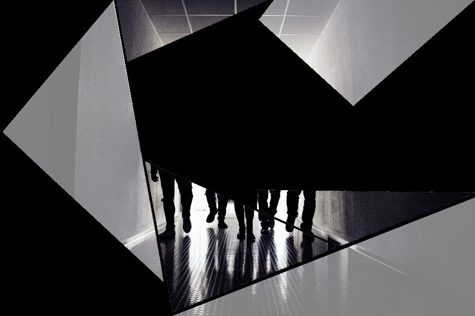 Puzzelteil 6 - Bandfoto - Stone Cold Love - 5 Personen im Schatten - Band im stilvoll beleuchteten Gang - preload Image 6